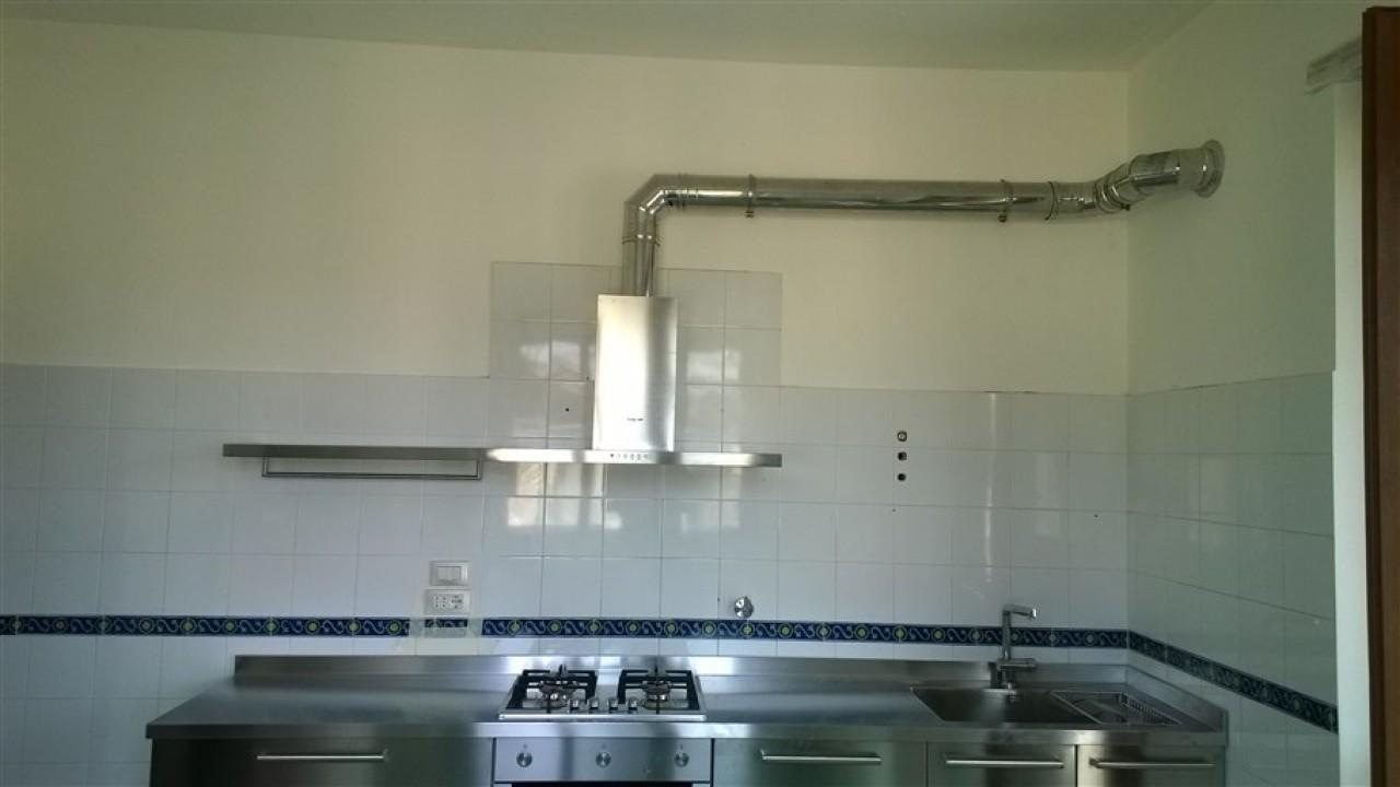Cucina top inox bordo quadro | Progetti Borlina Acciaio