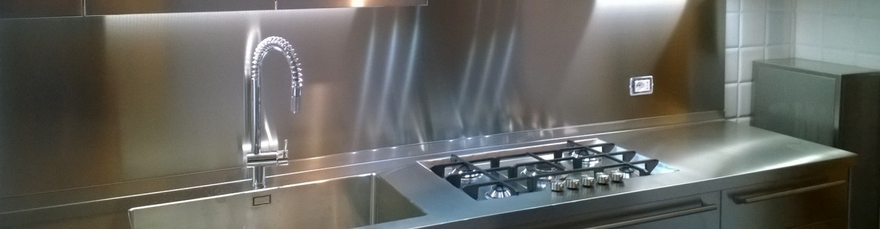 Cucina acciaio inox progetti borlina acciaio - Alzatina cucina acciaio ...