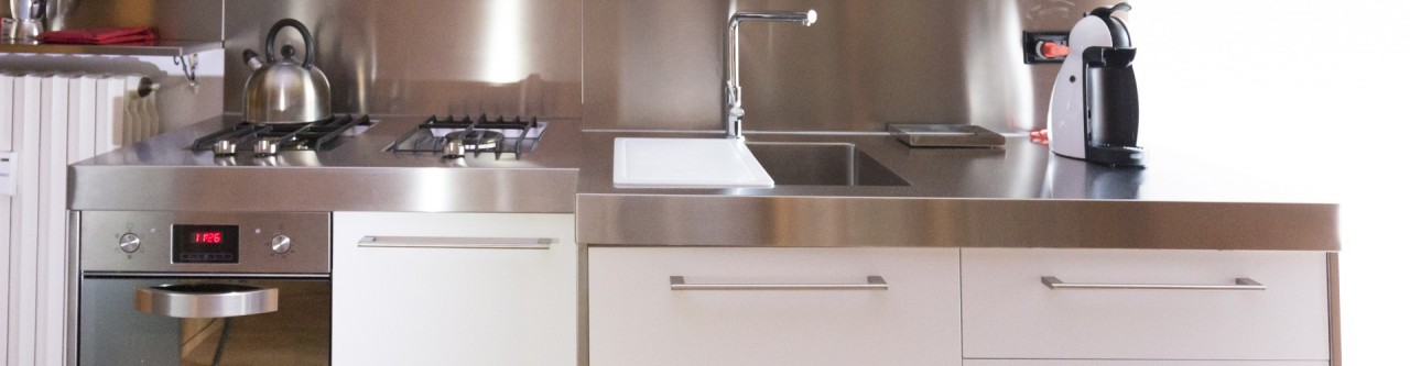 Cucina acciaio inox top sagomato progetti borlina acciaio - Cucina in acciaio inox ...