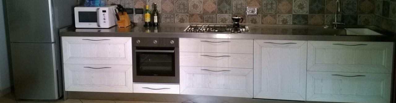 Cucina top inox finitura vintage | Progetti Borlina Acciaio